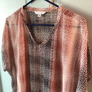 CAbi patterned top, size small